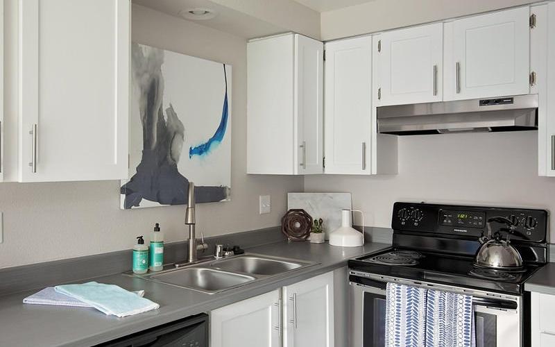 corner kitchen, brightly lit